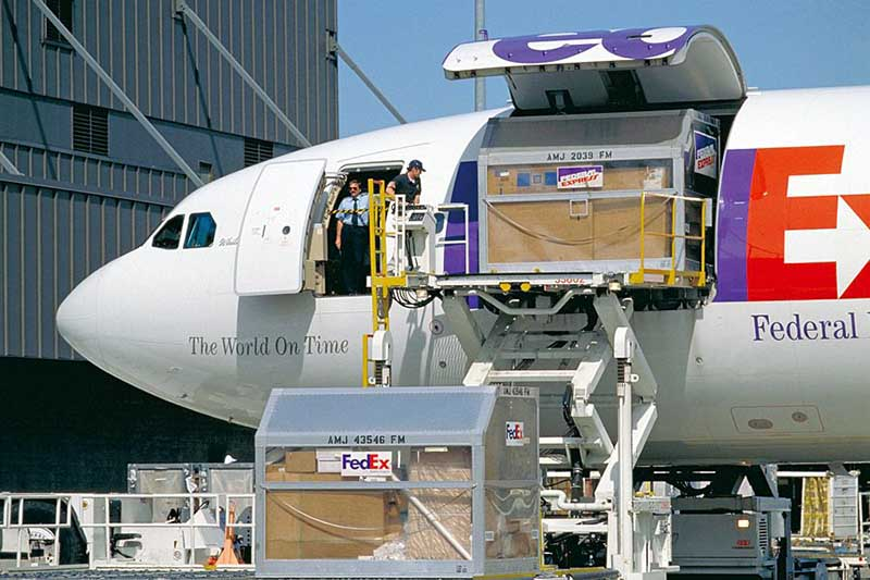Why Airfreight Traffic Is Up – Moov Logistics News
